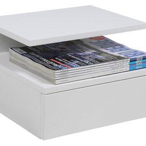 SCANDI Bílý noční stolek Alison - Korpus moveLakované MDF- Výška 22